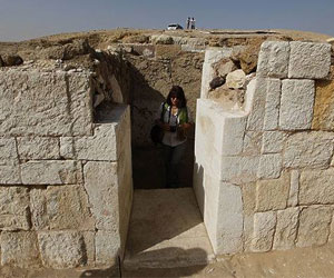 Российские археологи наткнулись на древнюю стену столицы Египта